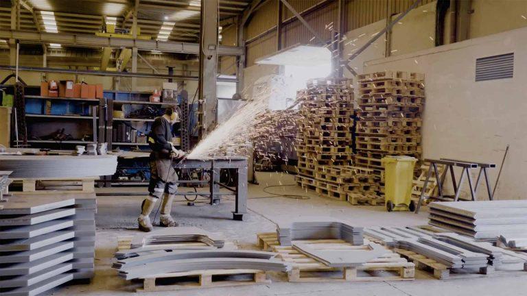 Imagen del video corporativo para la fabrica oxiplant